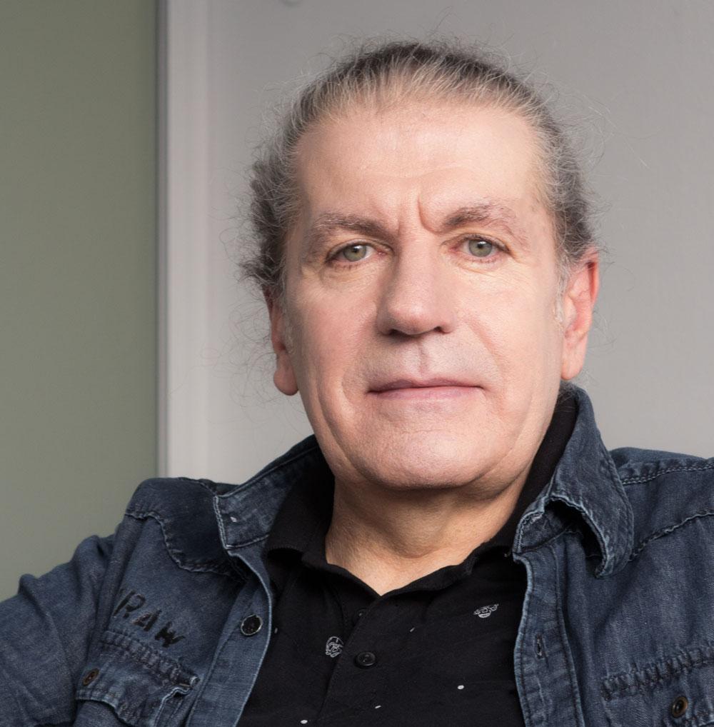 Astrologe Eric Schneider Wien